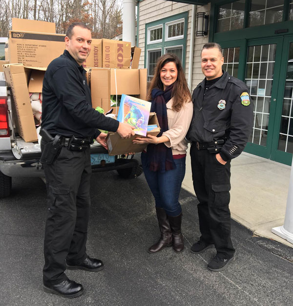 spd-christmas-donations